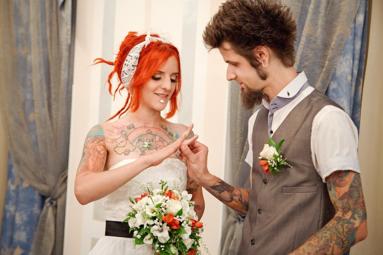 Невеста с тату фото