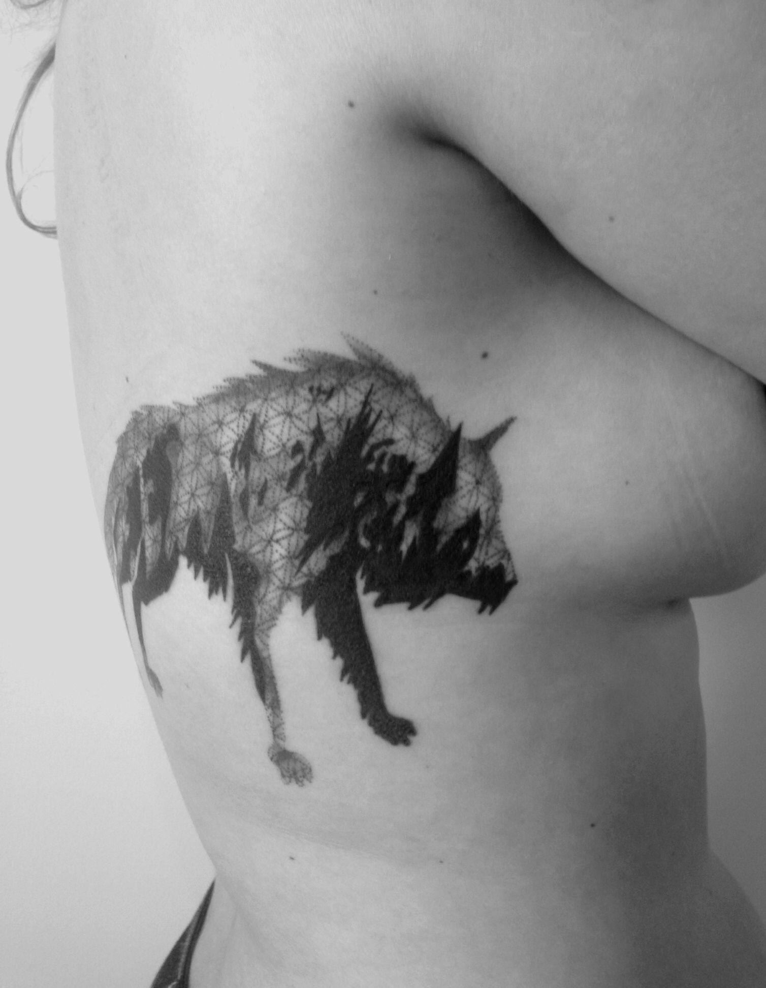 Маленькие тату волк фото