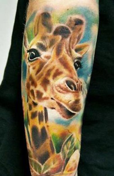 Тату жираф